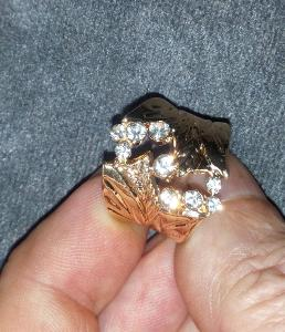 Prsten H25