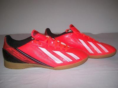 Sportovní obuv dětská ADIDAS - č.38