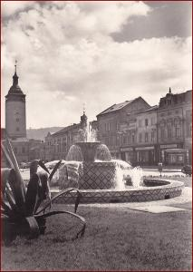 Hranice * kašna, fontána, náměstí, radnice, obchody * Přerov * V619