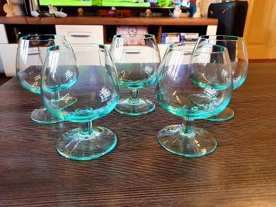 Moser sklo,,,5x krásné zelené koňakové sklenice