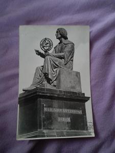 Pohlednice Varšava,pomník Koperníka,prošlé poštou