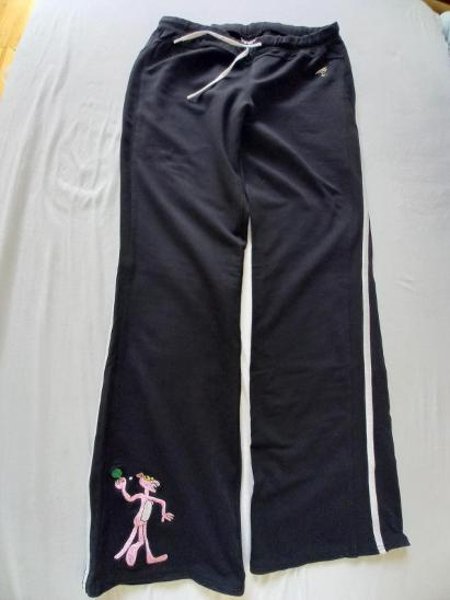 Dámské černé tepláky - s výšivkou Pink Panther (vel.M) - Dámské oblečení