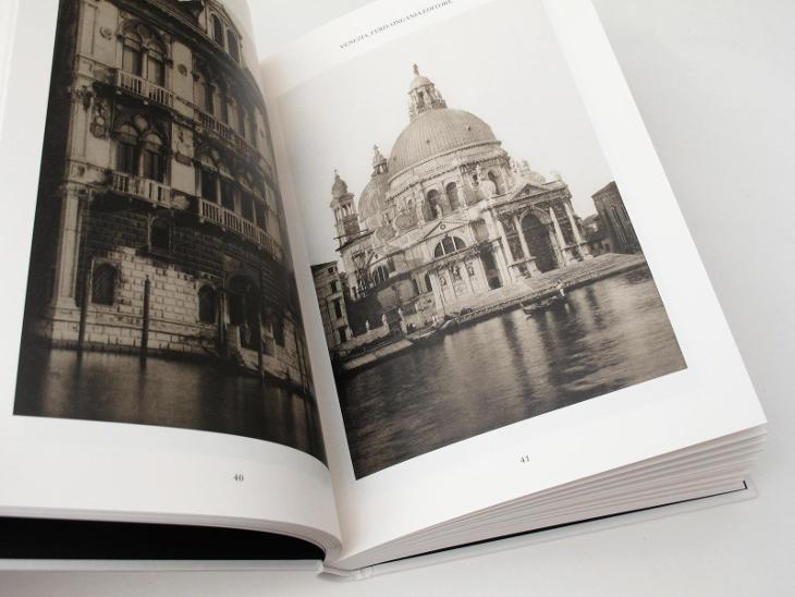 #3055A Calli e canali in Venezia A portrait of the 19th- century Ven.  - Knihy