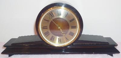 Staré krbové hodiny Vesna - USSR -zachovalé v původním stavu !!!
