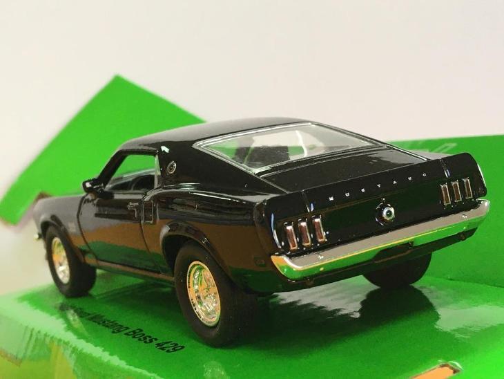1969 Ford Mustang Boss 429 - Welly 11,5cm měřítko 1/34 až 1/39 (H12-2) - Modelářství