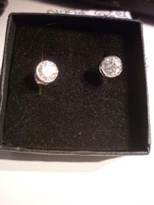 Krásné stříbrné náušnice Oliver Weber s krystalem Swarovski