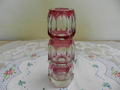 Zajímavá Autorská fialová broušená Váza