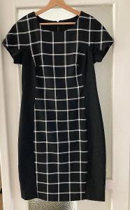 Černé kostkované šaty Orsay