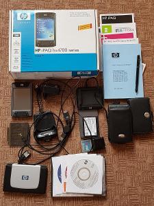 PDA Hewlett-Packard iPaq hx4700 včetně příslušenství. Sbírkový stav!