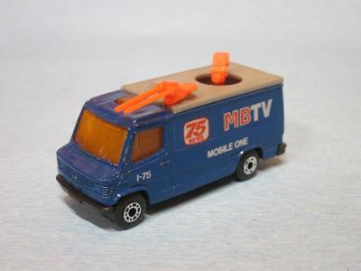 MATCHBOX - MERCEDES BENZ TV TRUCK