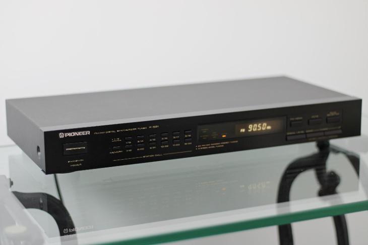 Pioneer F-551 - TV, audio, video
