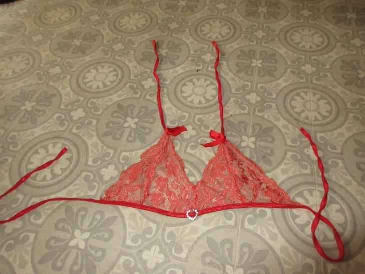 červený krajkový sexi top - Erotické prádlo, obuv
