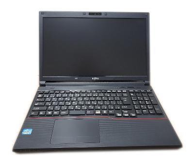 "15,6"" Fujitsu A573/G i5-3340M/4GB RAM/320GB HDD/WEBKAMERA/Win10Pro"
