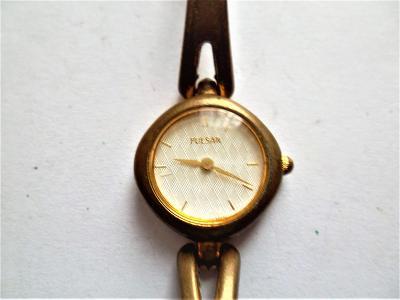Náramkové hodinky Pulsar Quartz*6-105