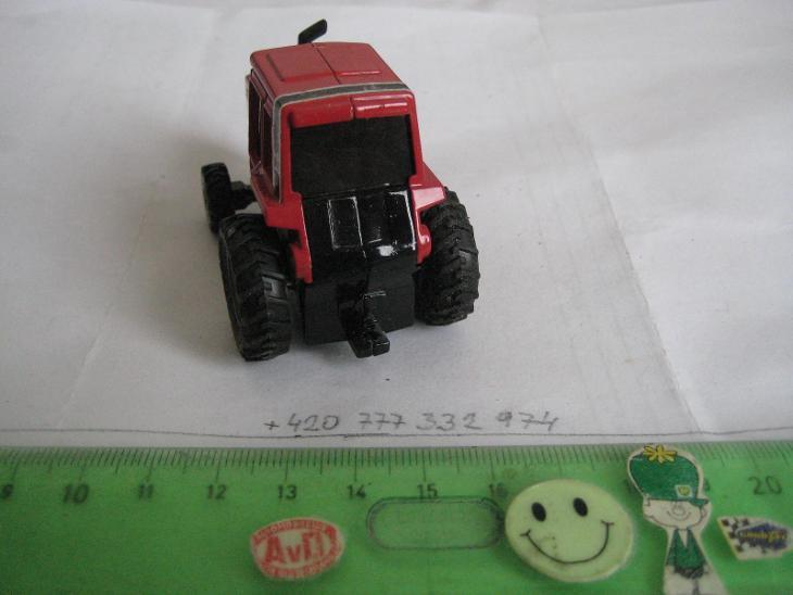ERTL, No 0546G, traktor INTERNATIONAL 5488, perfektní zpracování - Modelářství