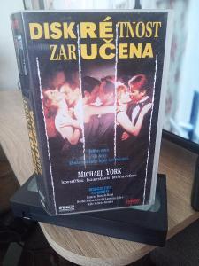 VHS Diskrétnost zaručena (1993).