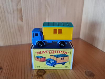 MATCHBOX RW 60 TRUCK WITH SITE OFFICE