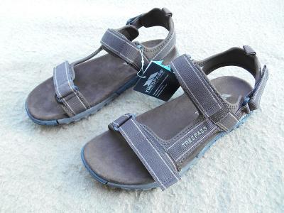 "Nové sandály zn.: ""Trespass Alderley"" vel. 43"