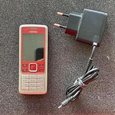 Tlačítkový telefon Nokia 6300