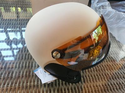 Lyžařská přilba Uvex Hlmt 500 visor, velikost 52-55
