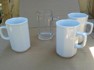 starý porcelán  -  hrnky- viz foto /861