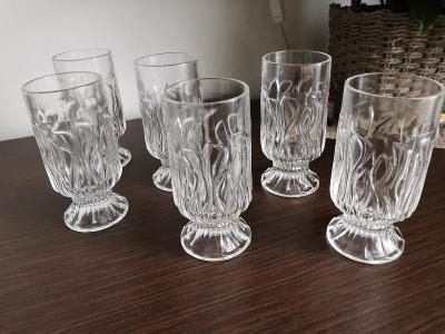 retro sklenice-grogovky,70leta,navrch Pavel Hlava