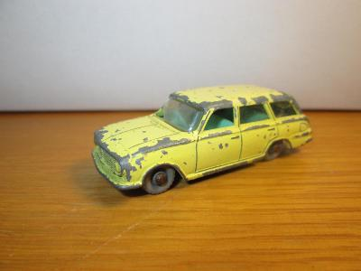 Matchbox Lesney No 38 Vauxhall Victor Estate Wagon ( C34 )