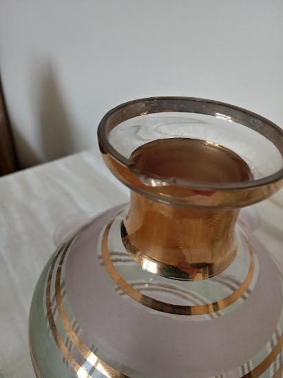 Stará karafa a skleničky  - Starožitnosti