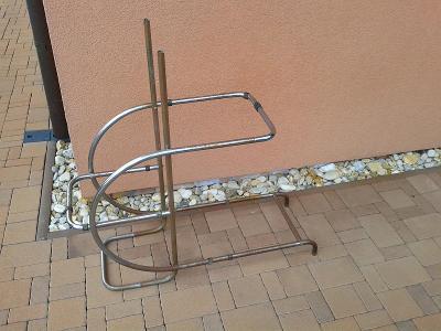 stary stolek