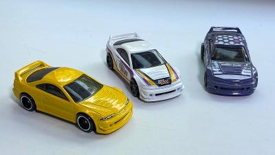 Acura Integra GSR set 3 kusů autíčka Hot Wheels 1:64