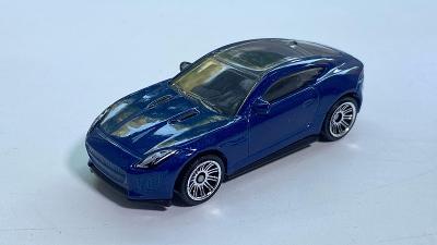 Jaguar F-TYPE Mb975 autíčko Matchbox 1:64