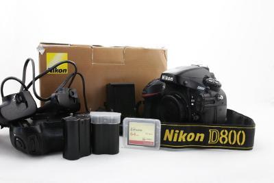 Zrcadlovka Nikon D800 36Mpx Full-Frame