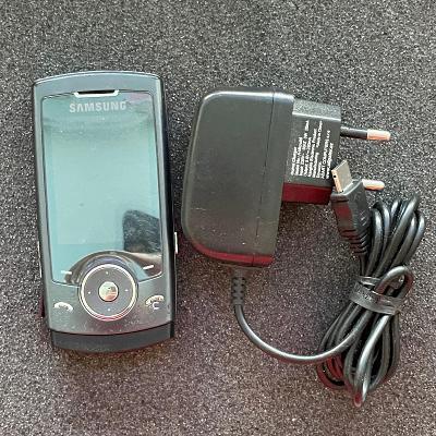 Dotykový telefon Samsung SGH-U600