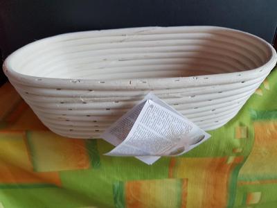Ošatka ovalná 32x15x9 cm
