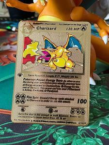 Pokémon kovová karta CHARIZARD first edition 1999