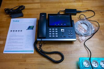 "Yealink SIP-T48G IP tel., PoE, 7"" bar. dotykový LCD, GigE VOIP"
