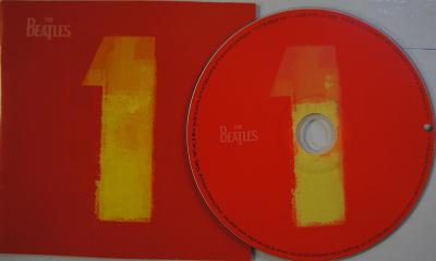 CD BEATLES Singles + 4 Promo Posters  Raritní Kompilace!