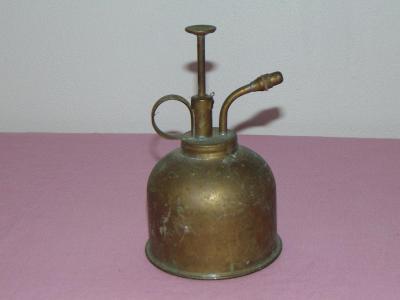 Stará mosazná olejnička vojenská