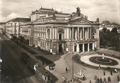 BRNO - divadlo