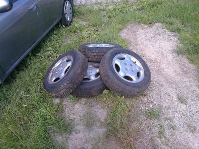 4 Lité disky se zimní pneu R 14