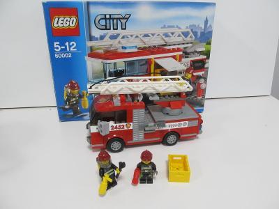 LEGO / Mega Bloks Hasičské auto s žebříkem, figurky