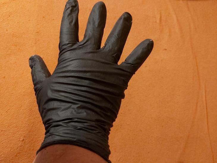 Černé nitrilové rukavice - Zdravotnické potřeby