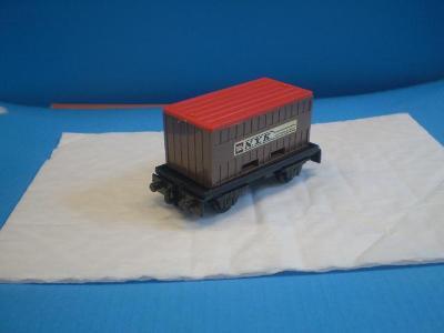 MATCHBOX - 25 FLAT CAR CONTAINER - NYK -ENGLAND