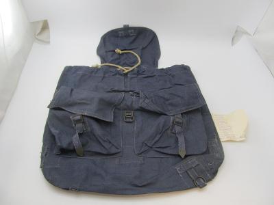 Starý vojenský batoh ČSLA modry asi letectvi