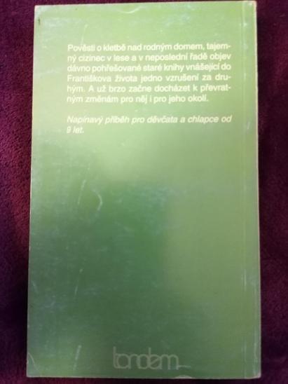 Prokletí černého dvora - J. Larconbe Rees  - Knihy