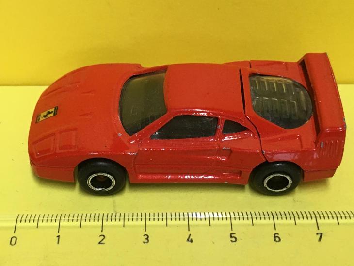 Ferrari F40 - Majorette 1/58  (H4-b17) - Modelářství