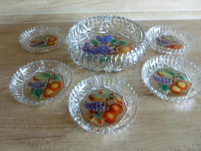Starožitná skleněná kompotová souprava s malovanými motivy ovoce, brus