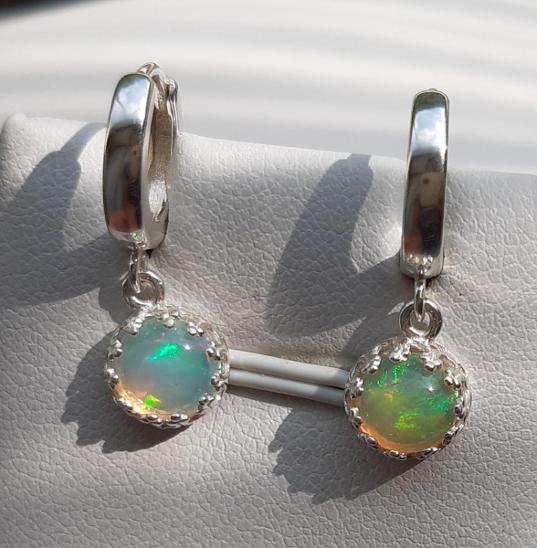 Nové stříbrné náušnice přírodní etiopský opál  Ag 925/1000 - Šperky