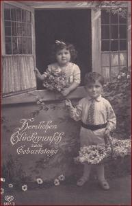 Děti * dvojice, květiny, košík, okno, atelier foto, gratulační * X011