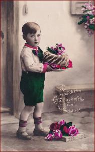 Děti * chlapec, bábovka, květiny, kolorovaná, atelier foto * X012
